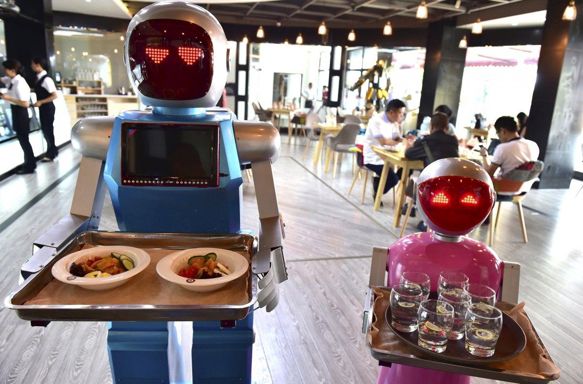 robos-restaurante-tecnologia-futuro-08