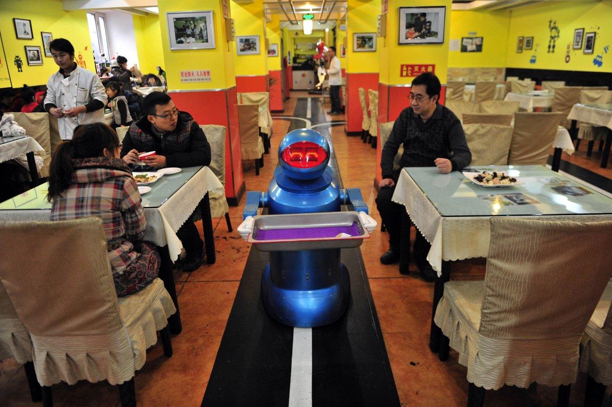 robos-restaurante-tecnologia-futuro-15