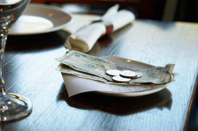 taxa-servico-gorjeta-restaurantes
