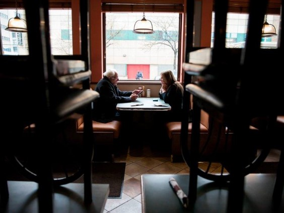 mesa-ocupada-bares-restaurantes