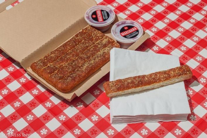 breadsticks-pizza-usa-02