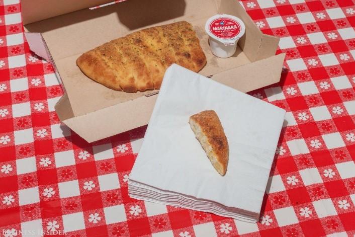 breadsticks-pizza-usa-04
