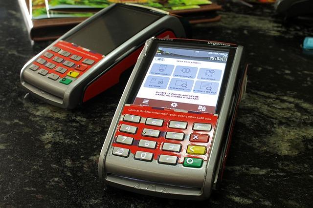 Como controlar as vendas de cartões de crédito e débito