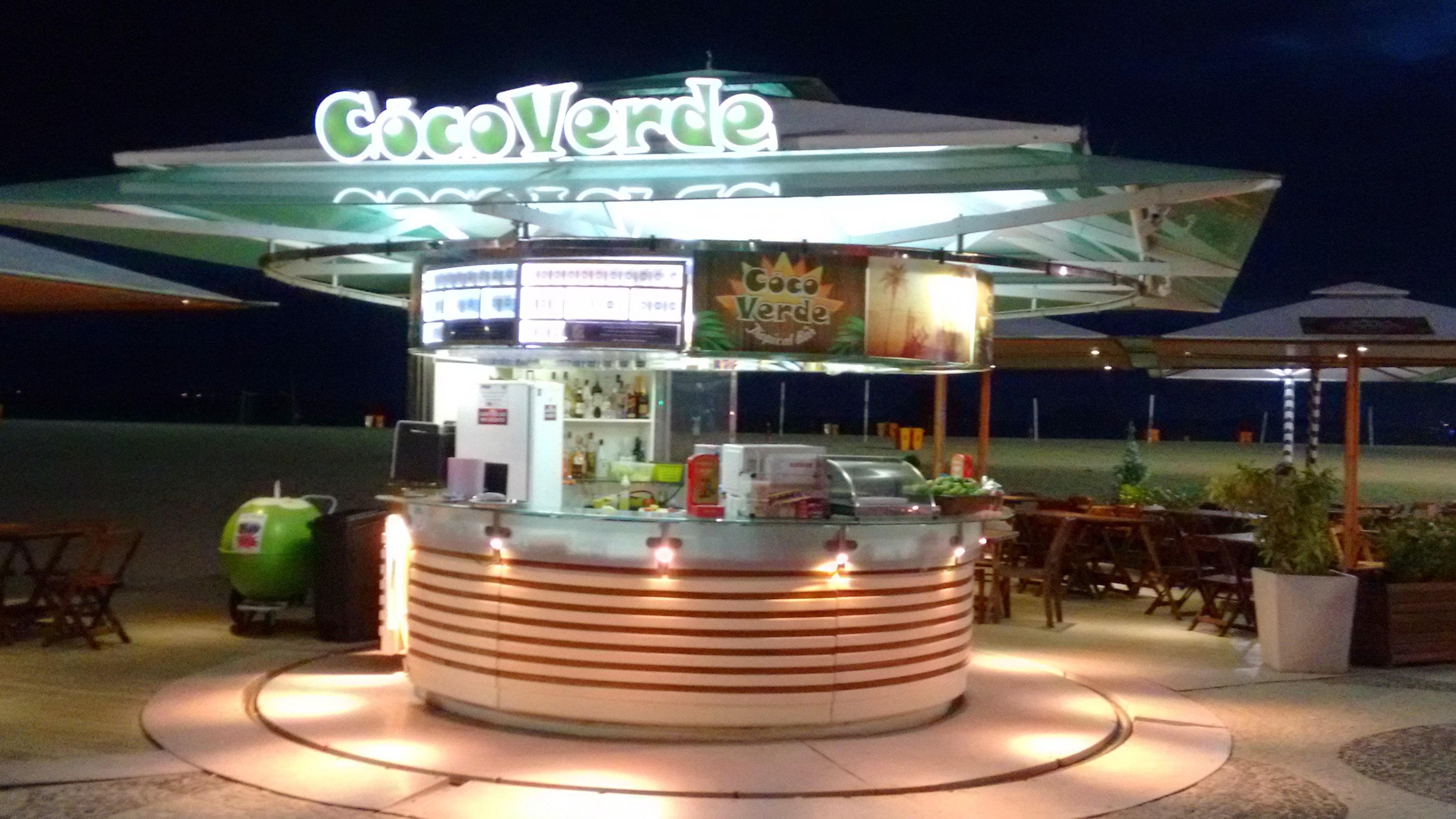 365 dias na praia: Quiosque em Copacabana torna-se ponto de referência na orla